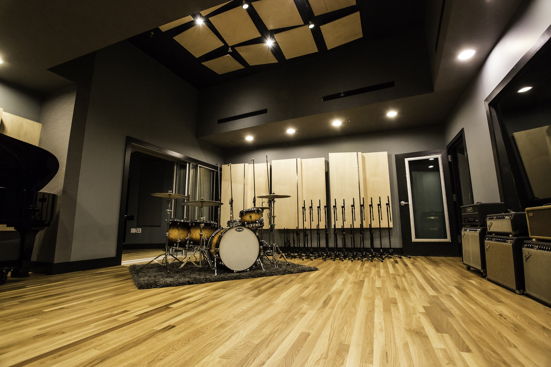 Soundproofing studio windows and doors soundproof for Recording studio flooring