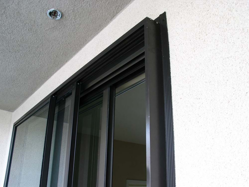 Soundproof Sliding Glass Door - Top Corner