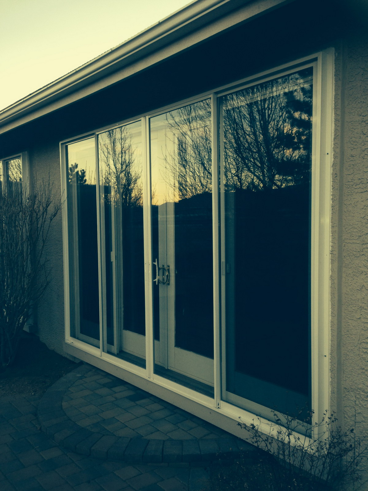 Soundproof windows - Exterior Mounted Sliding Glass Doors