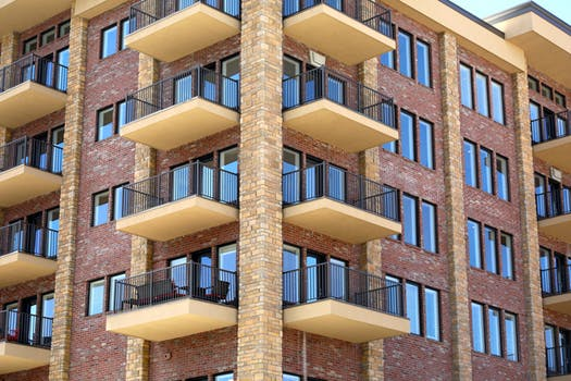 soundproof-apartment-windows